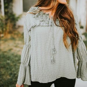 Tops - Green Lacey long sleeve shirt
